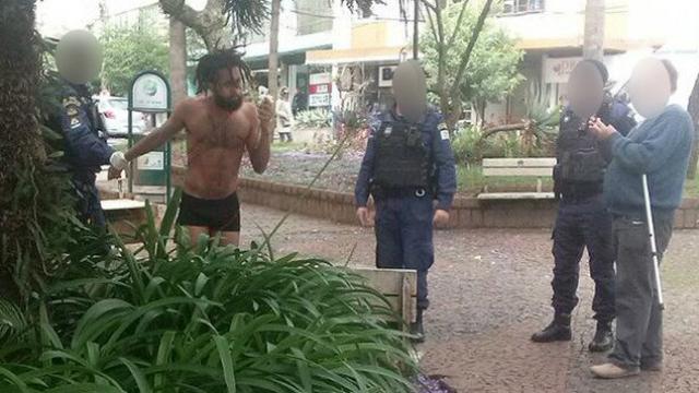 Igor Medina foi sedado e amarrado em maca por oito horas. Foto: Brasil 247/Reprodução