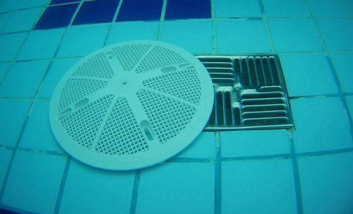 Laura Beatriz teria ficado presa na bomba de sucção de uma piscina da casa de parentes. Foto: Reprodução/ Internet