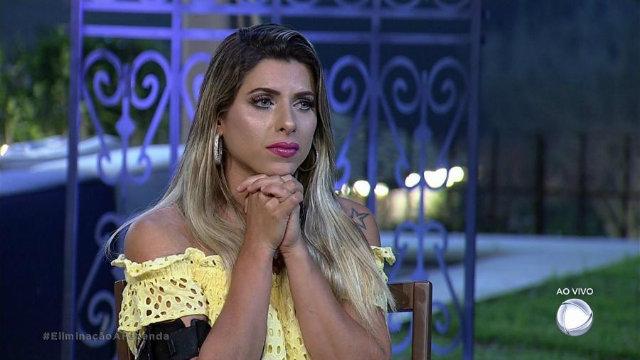 """Ana Paula Minerato pediu para ficar na casa: """"Eu sou como você que tá me vendo, eu erro, eu acerto e estou aqui dentro de um grande sonho"""". Foto: Record/Reprodução"""
