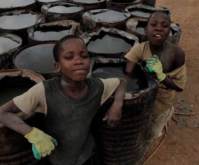Crianças e adolescentes da África, desde 2009, atendidas pela missão da Obra de Maria, em Moçambique. Foto: Teresa Maia/DP