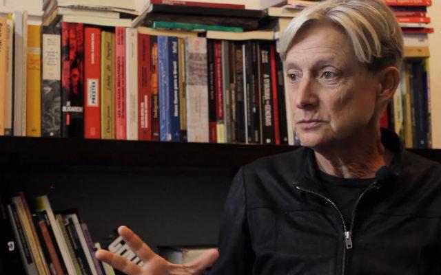 Filósofa de 61 anos explicou, em vídeo, a razão pela qual suas teorias são atacadas. Foto: YouTube/Reprodução