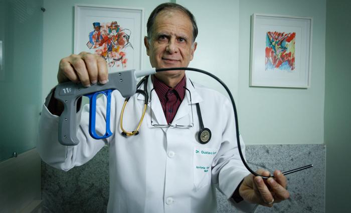 Segundo o cardiologista, a técnica diminui o risco de infecção hospitalar, o tempo de recuperação e o trauma cirúrgico. Foto: Rafael Martins/DP