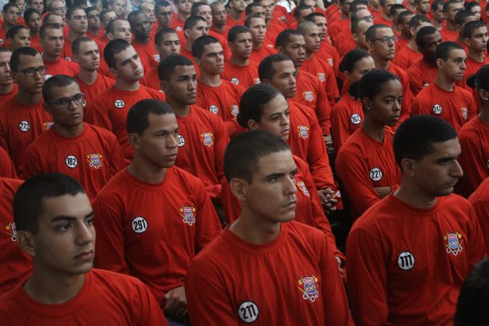 Militares devem ir às ruas em maio do próximo ano. Foto: Hélia Scheppa/SEI (Militares devem ir às ruas em maio do próximo ano. Foto: Hélia Scheppa/SEI)