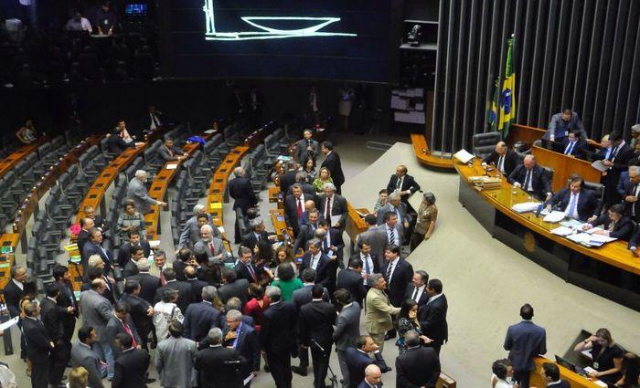 Alexandre de Moraes vota a favor da restrição ao foro privilegiado