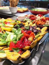 Culinária tailandesa se assemelha com a brasileira na utilização de frutas. Foto: Tokai/Divulgação