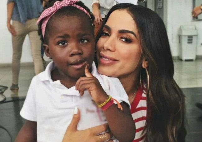 Anitta se solidarizou com Titi por ataques racistas. Foto: Instagram/Reprodução