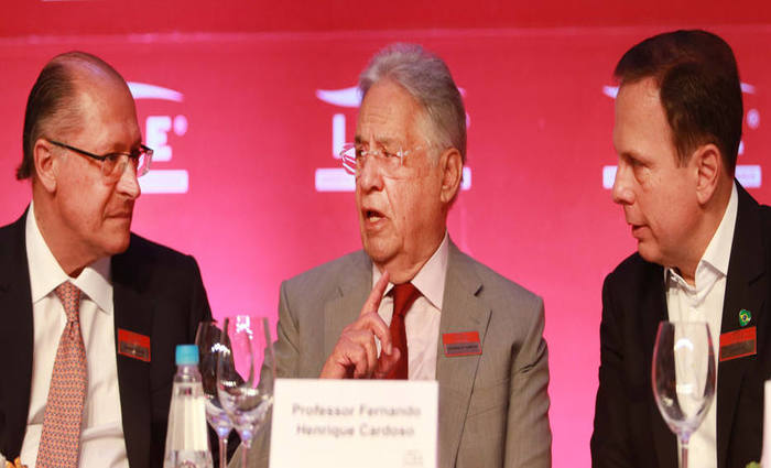 O governador Geraldo Alckmin (à esq), o ex-presidente Fernando Henrique (centro) e o prefeito de São Paulo João Doria (à dir). Foto: Tiago Queiroz/Estadão