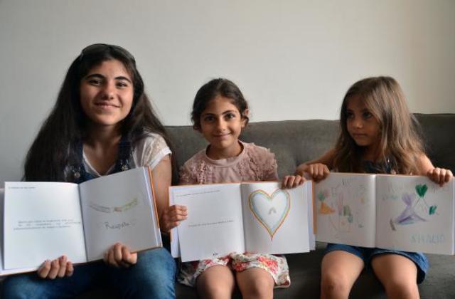 Entre as autoras estão as irmãs sírias Shahad Al Saiddaoud, Yasmin Al Saiddaoud, e Razan Al Saiddaoud. Foto: Rovena Rosa/Agência Brasil