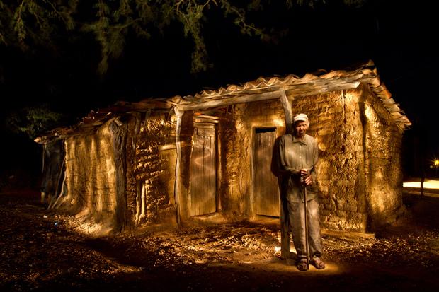 Documentário Alumiar mostra reencontro de fotográfo com personagens registrados em ensaio na zona rural de Canudos (Bahia). Foto: Rafael Martins/Divulgação