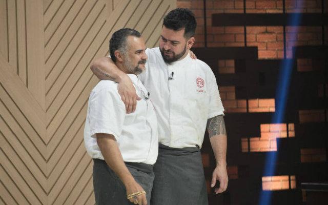Cozinheiros desputam cargo de campeão da distupa. Foto: Band/Reprodução