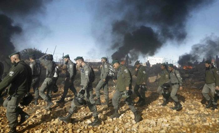 Um porta-voz do exército informou que serão enviados batalhões suplementares à Cisjordânia. Foto: Menahem Kahana/AFP