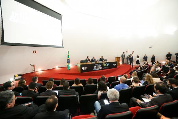 Abertura do 1º Seminário Internet e Eleições, organizado pelo Tribunal Superior Eleitoral (TSE) em parceria com o Ministério de Ciência e Tecnologia. Foto: Marcelo Camargo/Agência Brasil