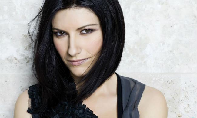 Ela é uma das cantoras mais populares da Itália. Foto: Facebook/Reprodução