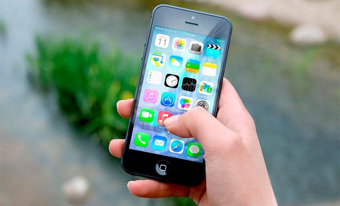 Apple confirma os rumores sobre possíveis desacelerações voluntárias dos modelos de iPhone mais antigos. Foto: Pixabay/Reprodução