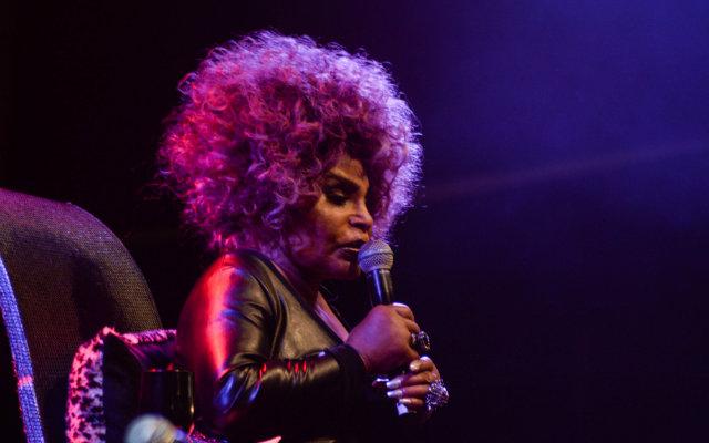 Elza esteve no estado para show do disco A Mulher do Fim do Mundo em abril. Foto: Lais Domingues/Divulgação