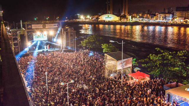 O Rec-Beat é realizado anualmente no Caís da Alfândega, no Recife. Foto: Ariel Martini/Divulgação