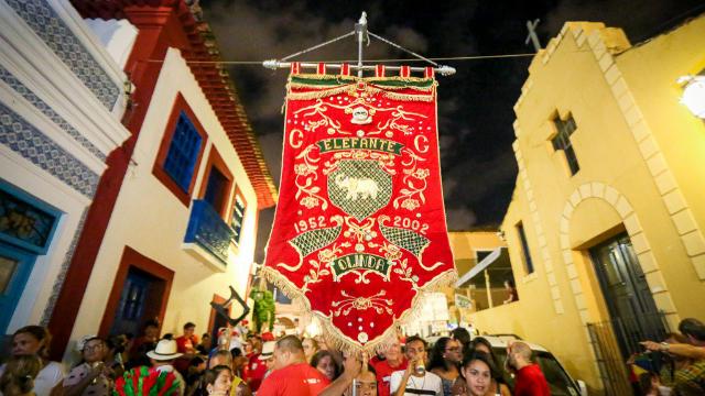 O Arrastão do Frevo inicia janeiro ao comando de um dos Clubes Carnavalescos Mistos mais tradicionais do Carnaval pernambucano. Foto: Agência Pavio/Cortesia