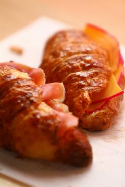 Croissants com ou sem recheio são queridinhos do público. Foto: Peu Ricardo/DP