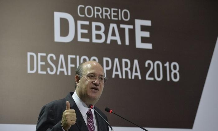 A revista fala do perfil do presidente que passou por instituições privadas e públicas, academia e organizações internacionais..  Foto: Marcelo Ferreira/CB/D.A Press