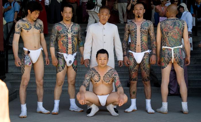Membros da Yakuza possuem tatuagens características do grupo. Foto: Reprodução/Internet