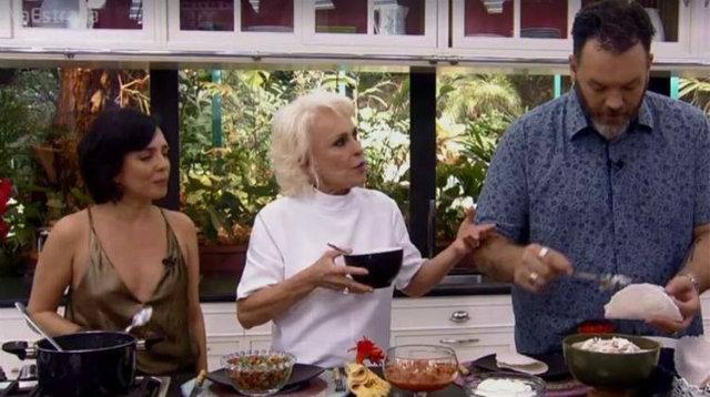 Os repórteres Ogro, Jimmy e Nadia Bochi estavam na atração. Foto: Globo/Reprodução