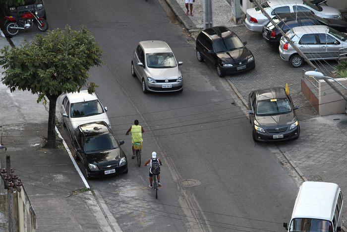 Polícia apreende mais de 20 quilos de maconha em apartamento na Rua do Futuro. Foto: Paulo Paiva/DP