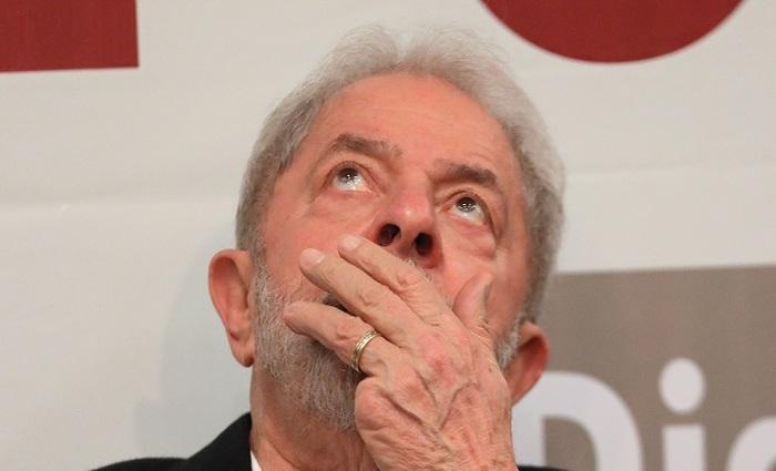 Em julho do ano passado, Lula foi condenado a nove anos e seis meses de prisão, por lavagem de dinheiro e corrupção passiva. Foto: AFP Sérgio Lima