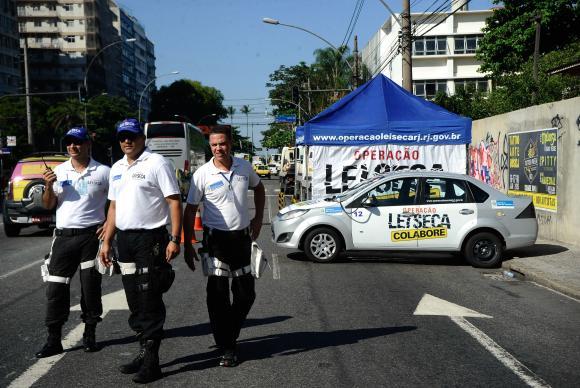 Operação Lei Seca fiscaliza motoristas no Rio. Foto: Fernando Frazão/Arquivo Agência Brasil ( Foto: Fernando Frazão/Arquivo Agência Brasil)