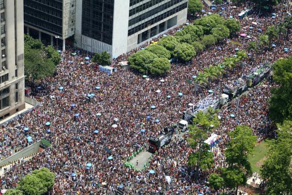Estimativa é que a festa leve para a Avenida Rio Branco cerca de 1 milhão de pessoas.Foto: Divulgação/Hudson Pontes/Riotur/Arquivo