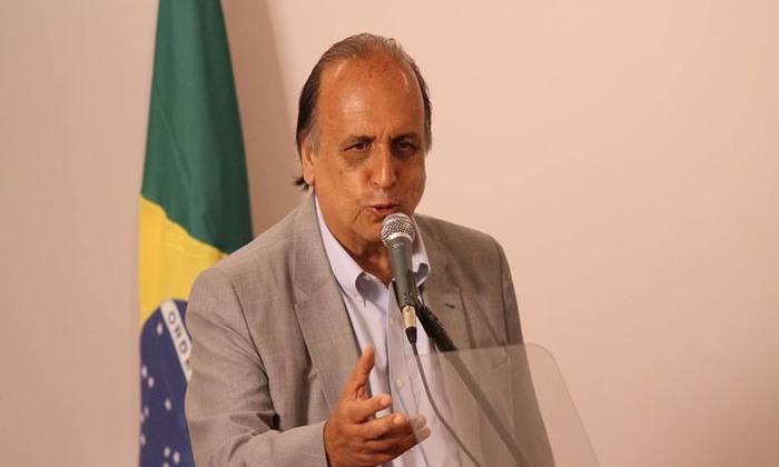 O governador do Rio, Luiz Fernando Pezão (MDB), admitiu que o esquema de segurança do Rio no carnaval teve falha e que ainda precisa ser aprimorado. Foto: José Lucena/Futura Press