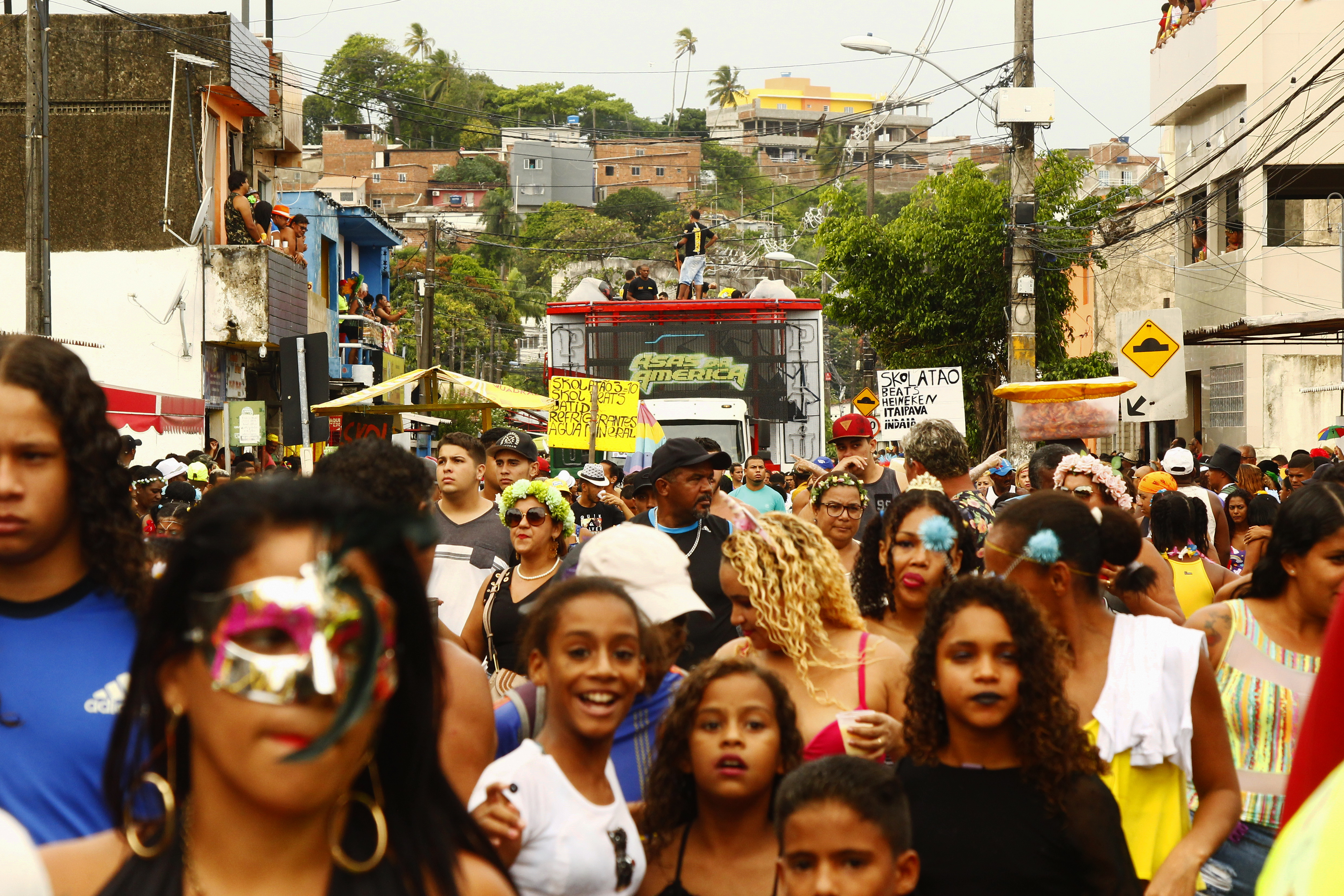 Desfile foi o último suspiro para quem ainda pulsava carnaval. Fotos: Shilton Araújo/DP (Desfile foi o último suspiro para quem ainda pulsava carnaval. Fotos: Shilton Araújo/DP)