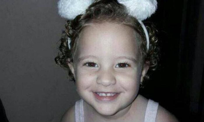 Criança morre após ser esquecida dentro de carro em Minas Gerais