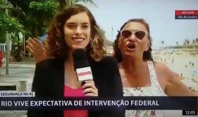 Repórter abordava segurança do Rio de Janeiro sob intervenção federal. Foto: Reprodução/YouTube