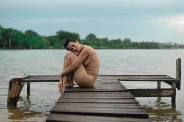 Antes de serem registradas pelas lentes de Céu, a fotógrafa busca conversar e criar uma ligação com cada uma. Foto: Leangel Ramos/Divulgação