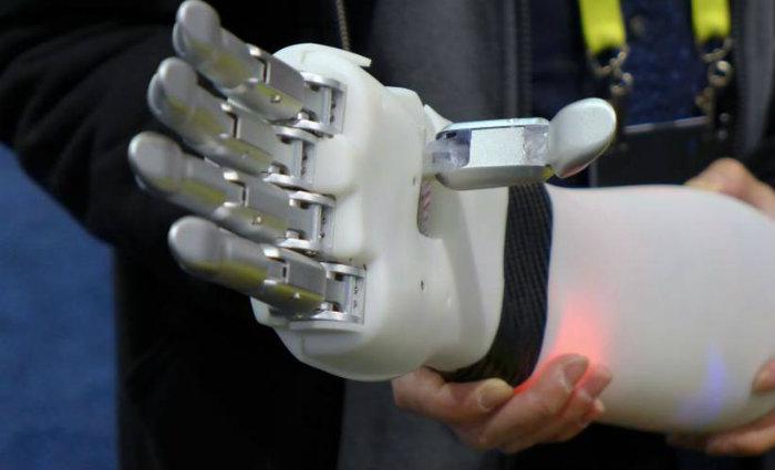 Segundo eles, na próxima década, a eficácia crescente da inteligência (IA) poderia reforçar a cibercriminalidade. Foto: Sophie ESTIENNE/AFP (Foto: Sophie ESTIENNE/AFP)
