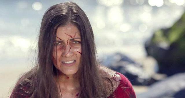 No filme, Nana dá vida à cientista Luíza Moreira. Foto: Black Wake/Divulgação
