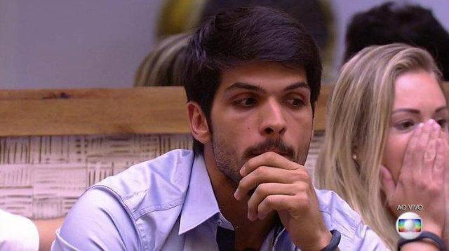 'Eu vou continuar admirando o homem que ele é', afirmou o empresário, em conversa com Mahmoud. Foto: TV Globo/Reprodução