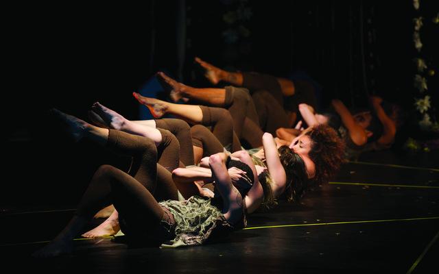 """Espetáculo """"Conceição"""" foi reformatado com elenco inteiro feminino. Foto: Grupo Experimental/Divulgação"""