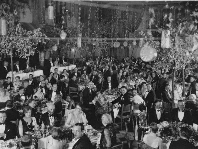 A primeira cerimônia do Oscar foi acompanhada por 270 pessoas que estavam em um salão do Hollywood Roosevelt Hotel, em Los Angeles (EUA). Foto: Divulgação/Oscars