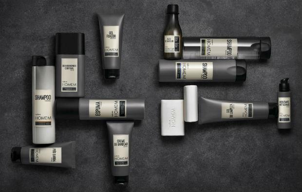 Shampoo, gel, condicionadores, creme e espuma de barbear, são alguns dos produtos que compõe a linha de tratamento. Foto: Natura/Divulgação