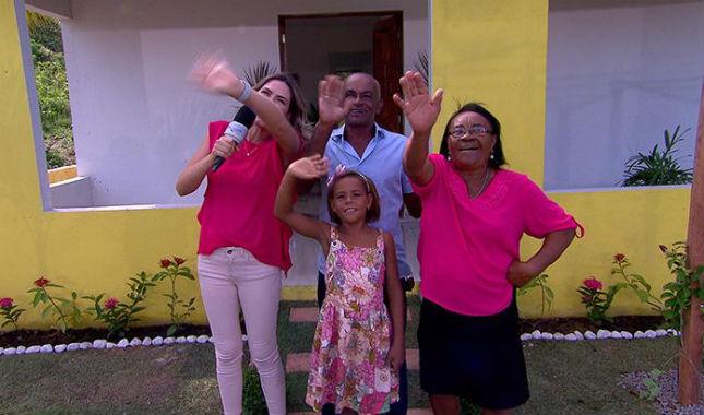 Reportagem de A Hora do Faro com a família de Rivânia. Foto: Record/Divulgação
