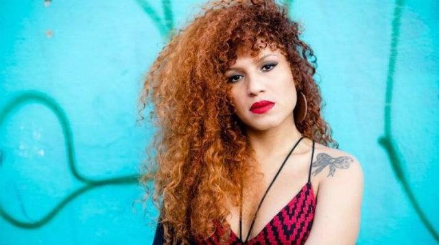 Artista diz ter sido vítima de transfobia por agentes da polícia federal. Foto: Banda Uó/Divulgação