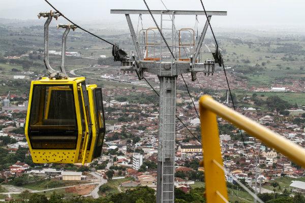 Novo teleférico sobe 1,2km em 20 minutos. Créditos das fotos: Rafael Martins/Estúdio DP