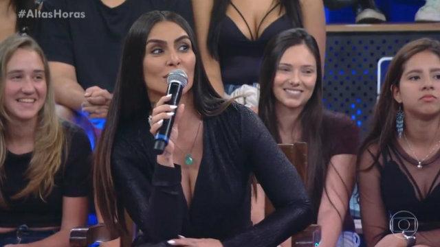 Pergunta feita à sexóloga Laura Muller foi direcionada a ela por Serginho Groismann. Foto: Gshow/Reprodução