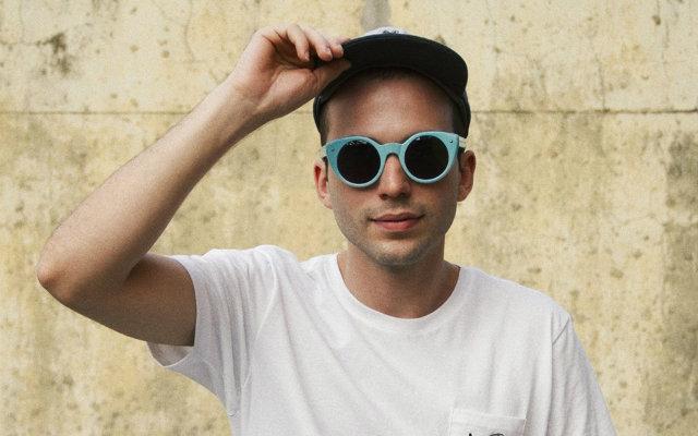Aos 29 anos, cantor tem um disco e três EPs lançados. Foto: Facebook/Reprodução
