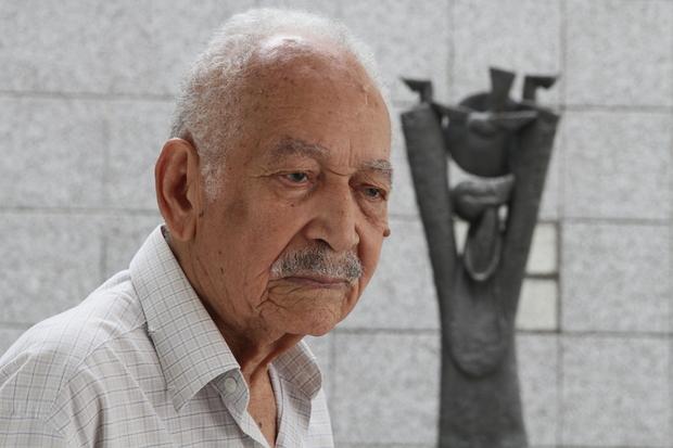 """""""Não posso viver sem fazer esculturas"""", dizia o artista. Foto: Alcione Ferreira/DP"""