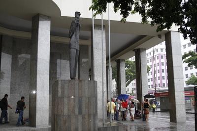 Espaços públicos foram os principais destinos da produção do artista: Blenda Souto Maior/DP