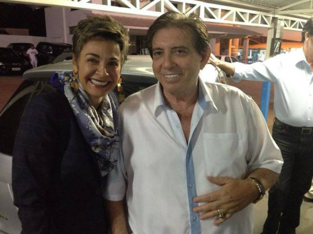 A roteirista Edna Gomes, que há mais de sete anos convive com o médium. Foto: Cygnus Media/Divulgação