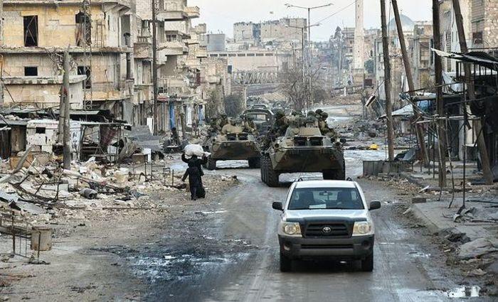 A revolta na Síria contra o regime de Bashar al-Assad tornou-se uma guerra devastadora e complexa. Foto: Reprodução/Internet