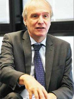 Secretário de Estado de Educação em exercício de Minas, Wieland Silberschneider.